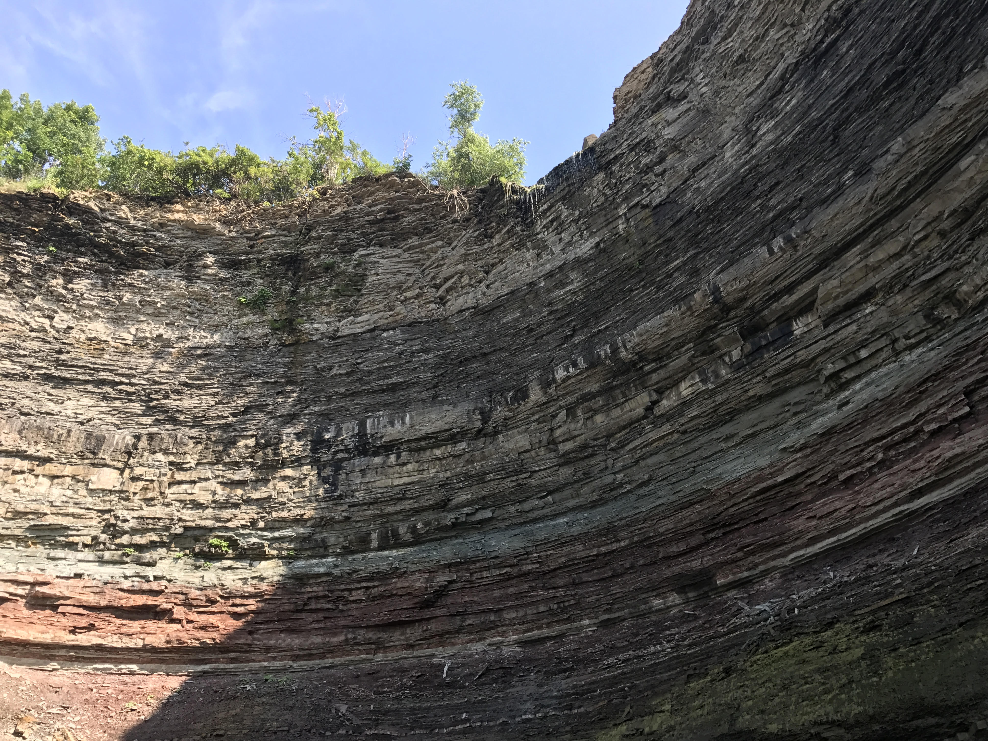 Niagra escarpment cliff face
